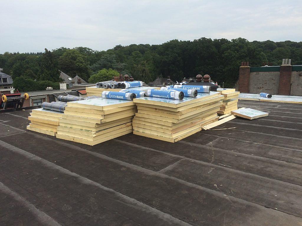 Platte daken bosvelt & haisch dak & isolatietechniek
